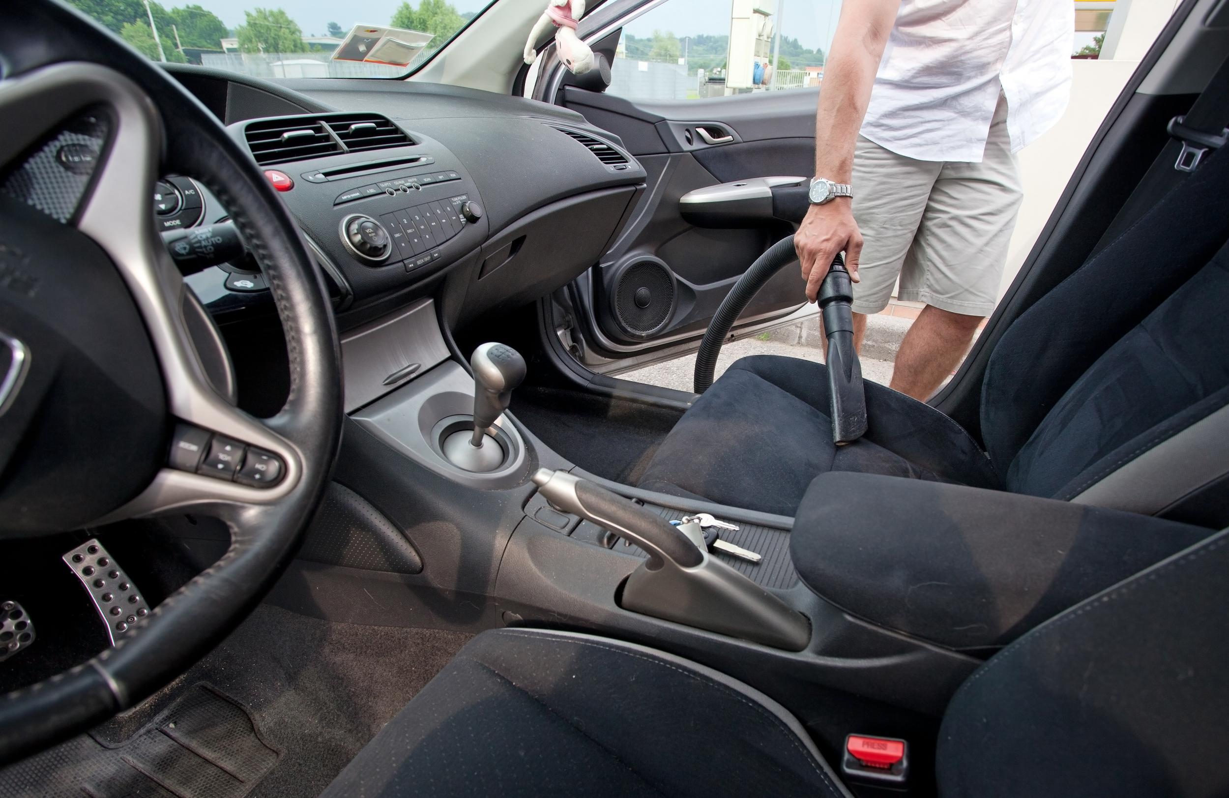 Nettoyage auto intérieur et extérieur à Lourdes : Pyrénées auto Plus
